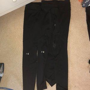 bundle of 2 under armour leggings